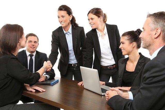 une réunion de candidat à un poste